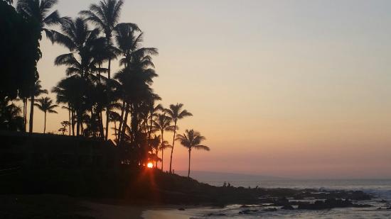 The Napili Bay: Sunset from Napili Bay!