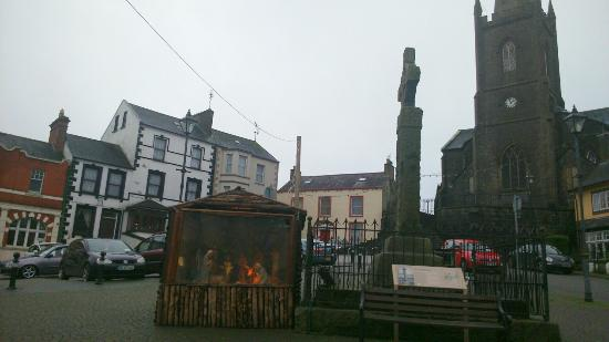 Clones, Irlanda: High Cross & Nativity Stand
