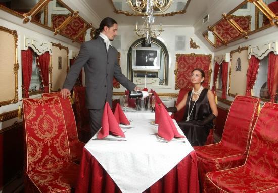 Вагон-ресторан: Царский зал