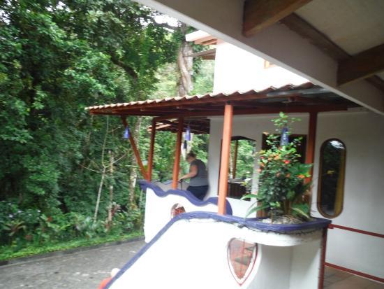 Agua Inn: Balcony.