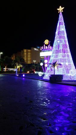 live aqua beach resort cancun isla mall at christmas