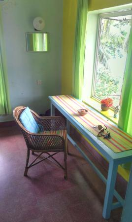 Arabian Soul : Desk with a view