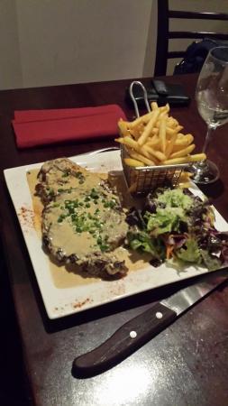 Le Souffle : Steak Dinner