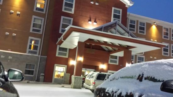 Days Inn and Suites Sherwood Park Edmonton: exterior