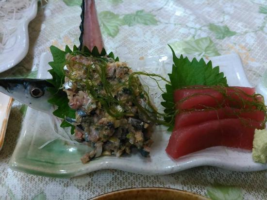 Tsuchiya Shokudo: 秋刀魚のなめろう&マグロ刺身定食