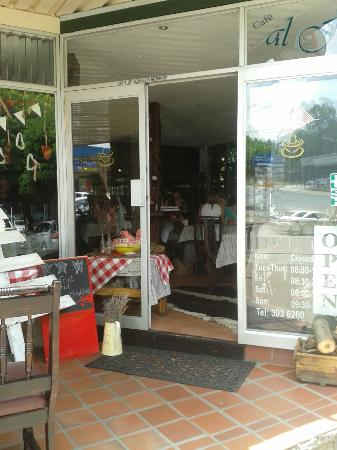 Cafe Al Fresco