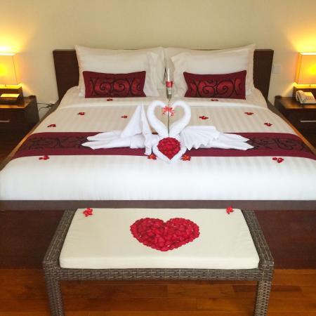 Daluman Villas: Honeymoon set up! ❤️