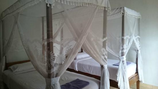 Karangsari Guest House: Chambre