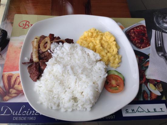 Chalet Baguio : set breakfast