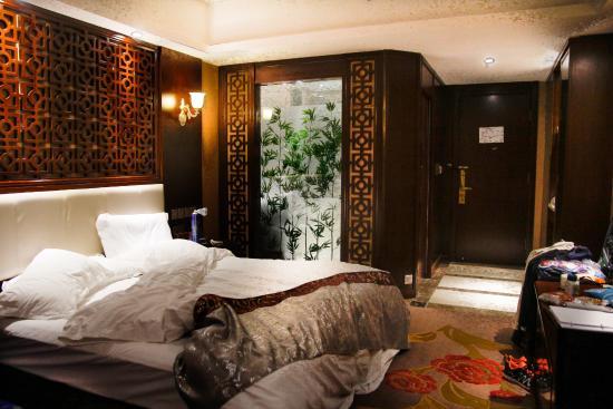 Fengshan Linka Hotel