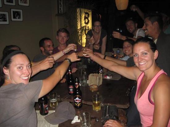 Buzz Reggae Bar: Cheers...