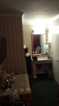 Quality Inn & Suites - Anaheim Resort: Quarto do hotel