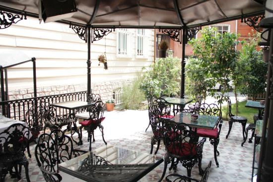 Villa Hagia Sophia: GARDEN