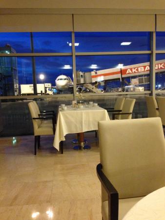 TAV Airport Hotel : Vista do Café da manhã