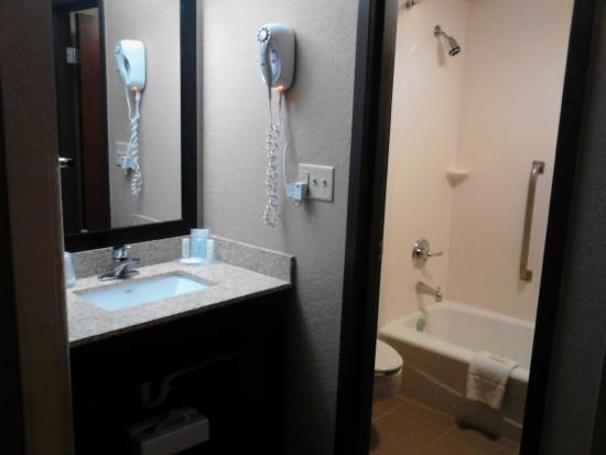 Comfort Inn & Suites Evansville : Room 314