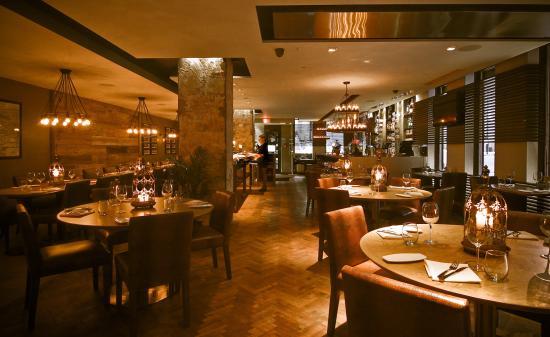 Restaurants Near Le Nouvel Hotel Montreal