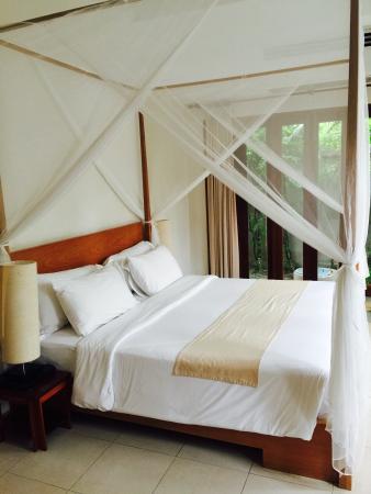 AKA Resort & Spa: Main bedroom