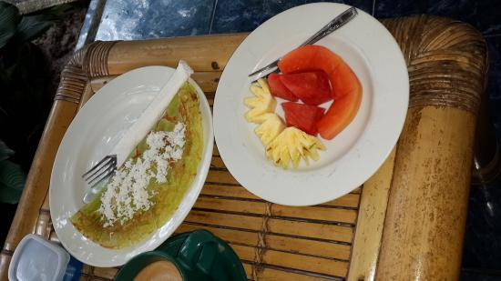 Teba House Ubud Guest House: Pancake pisang yang kesohor :D