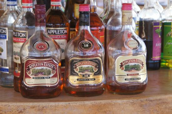 The SPA Retreat Boutique Hotel : Local rum in the outdoor bar