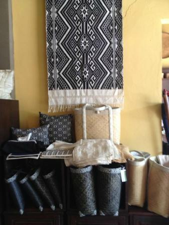 Ma Te Sai: Taileu cotton, cushions and bamboo bags