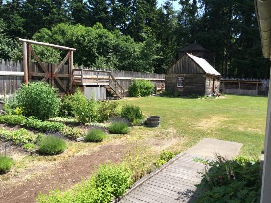 Fort Nisqually Living History Museum : Fort Nisqually Entrance