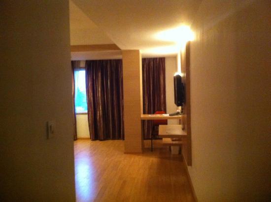 VITS Bhubaneswar Hotel: Deluxe Room