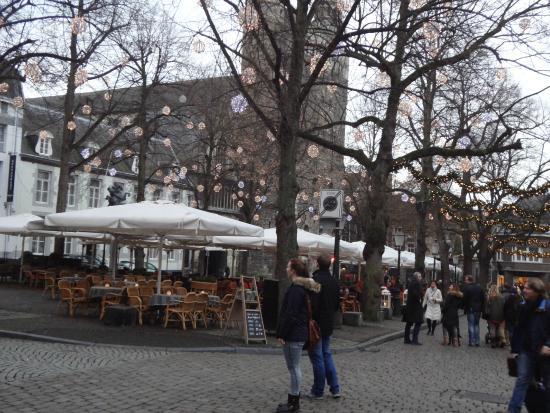 Derlon Hotel Maastricht : Place Notre Dame