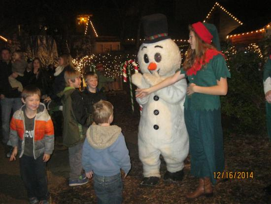 Alabama Constitution Village: Saying hi to Frosty and the Gingerbread man
