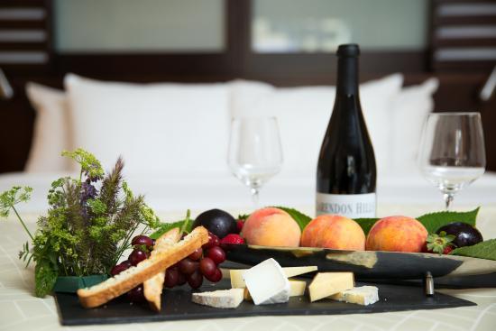 InterContinental Boston: Fruit & Cheese Plate