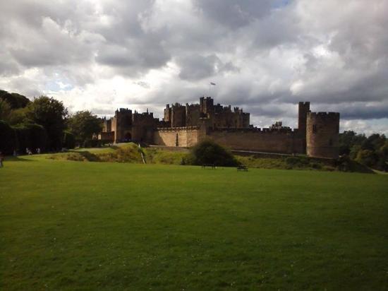 Alnwick Castle: 'Percyverance' pays !