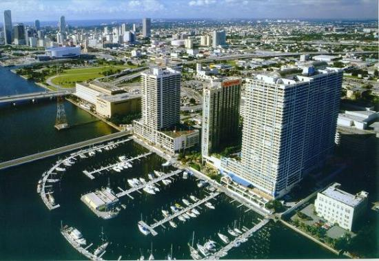 Arial view of the Miami Marriott Biscayne Bay