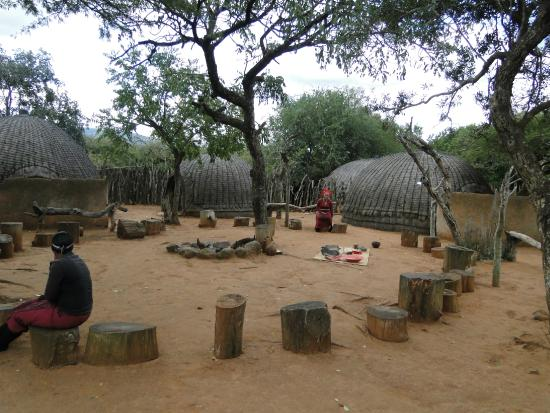 Shakaland: Village