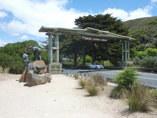 Lorneview Bed & Breakfast: Ocean Road Memorial