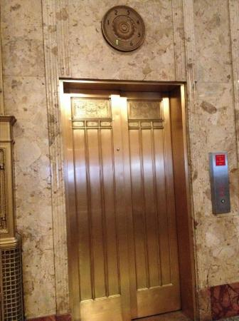 Hotel at the Lafayette a Trademark Collection Hotel: Elevators