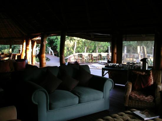 Sibuya Game Reserve-Forest Camp: Blick aus dem offenen Gesellschaftsbereich