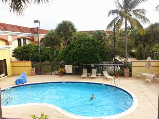 Hampton Inn Jupiter/Juno Beach : The pool