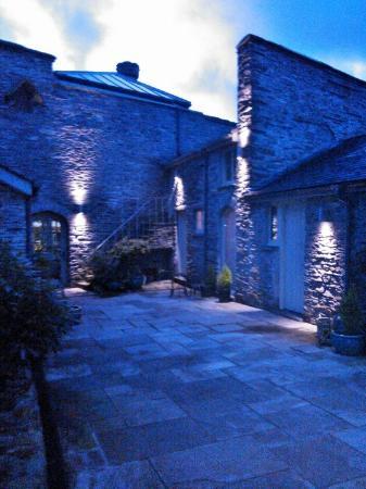 Glandyfi Castle: outside curlew bedroom