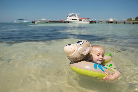 Hatchet Caye Resort: Family vacation at Hatchet Caye Private Island Resort Belize