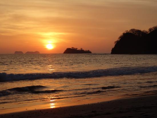 Sugar Beach Hotel: Beautiful sunsets!