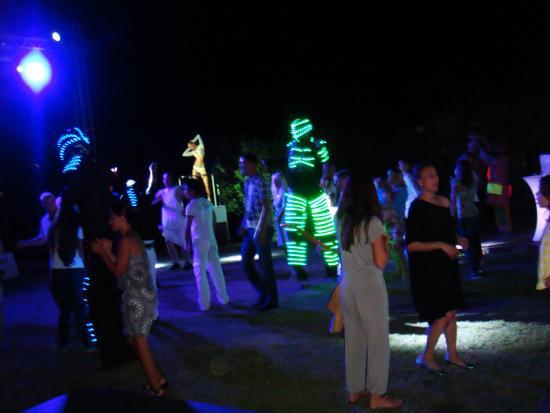 Serik, Turki: 7 - танцы около бара после салюта