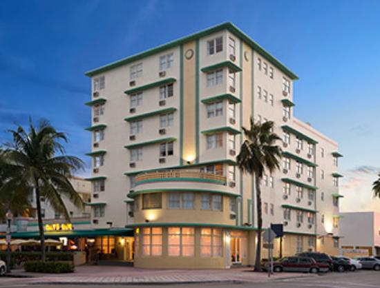 Days Inn And Suites Miami North Beach Oceanfront Parking