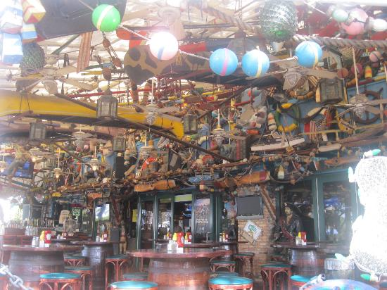 Riverwalk Fort Lauderdale: A welcoming pub along Riverwalk