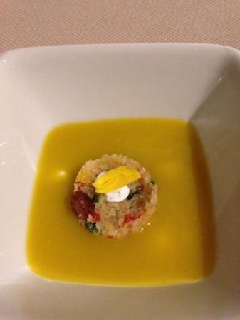 Marc Fosh : aperitivo cous cous con gazpacho amarillo
