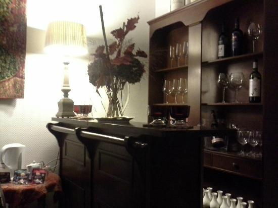 Botaniek  Hotel: The little bar near the reception