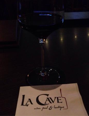 La Cave Wine Bar And Boutique: A soothing glass of Cabernet
