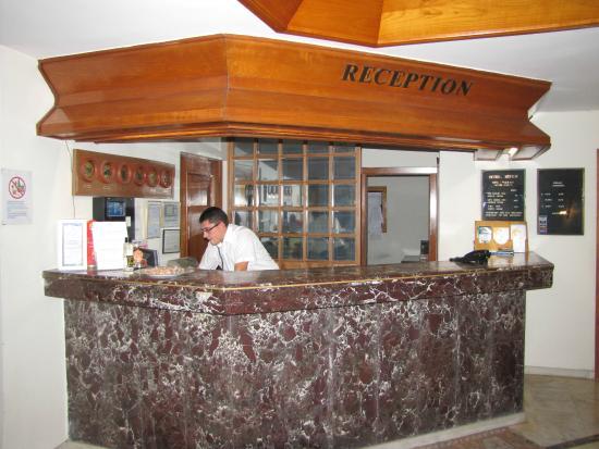 Hotel Aspen : Reception