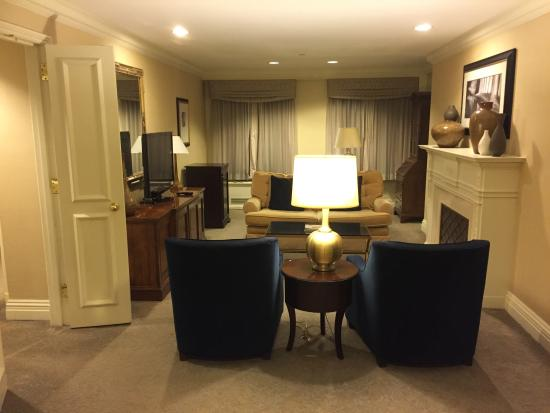 living room of congressional suite picture of the. Black Bedroom Furniture Sets. Home Design Ideas