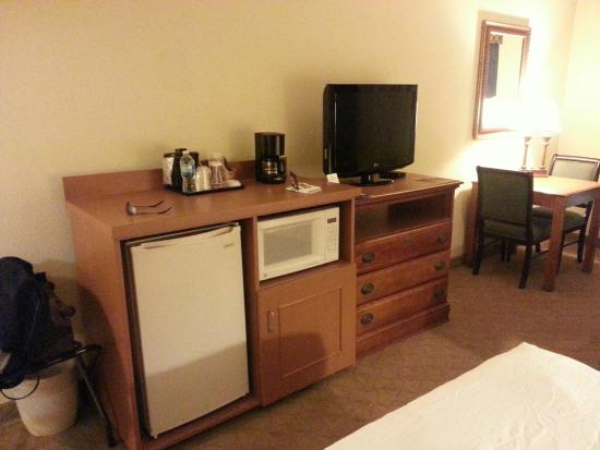 Country Inn & Suites By Carlson, Jacksonville: Fridge/microwave