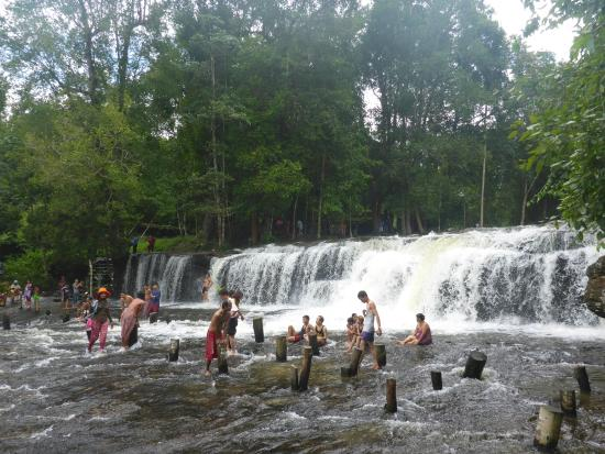how to get to phnom kulen from siem reap