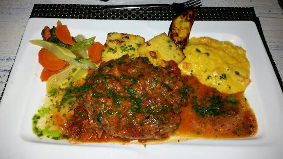 Blue Olive Restaurant and Wine Bar: Osso Bucco